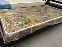 "Brand new 5"" foam smooth top mattress on sale  多伦多, M1T 2X8"
