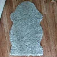 gray and white fleece area rug London, N6 4EJ