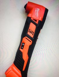 MIlWAUKEE New Oscillating MULTITOOL 18M Lithium ion Cordless (tool only) Nuevo, no batería