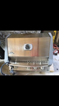 Used Napoleon built-in BBQ St Catharines, L2R