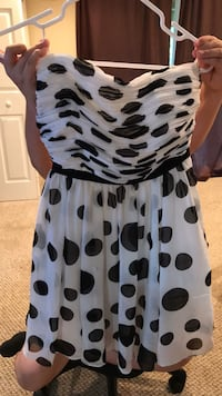 white and black polka dot dress Damascus, 20872
