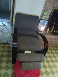 gray recliner with brown wooden frame Biloxi, 39532