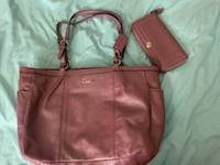 Coach large purple tote and wallet Sacramento, 95841