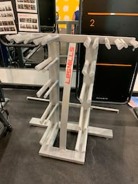 Les mills group weight rack
