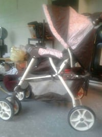 grey and black umbrella stroller Kissimmee, 34743