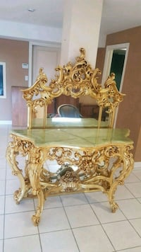 stunning Silik marble hall table and mirror  Brampton, L6X