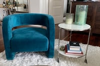 MGBW Kirby chair In peacock color. - must pick up by Sept 26! Detroit, 48226