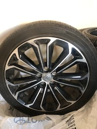 black and gray Toyota multi-spoke wheel and tire Mississauga, L4W