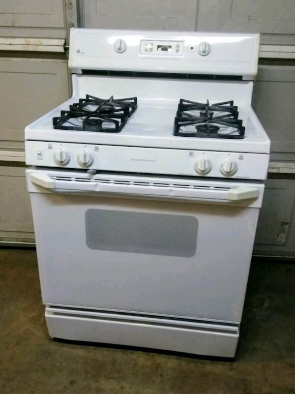 Sold Ge Xl44 Self Cleaning Gas Stove