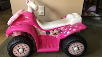 toddler's pink and white ride on toy Bayville, 08721