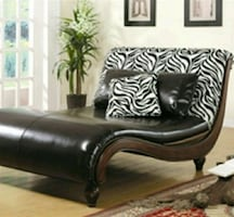 STUNNING ZEBRA LOUNGE, • DELIVERY AVAILABLE •