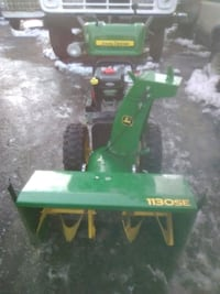 John deere snowblower 1130se Denver, 80210