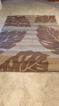 brown and white area rug Angus, L0M