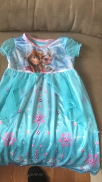 3t my little girl loved this night night dress so much!! It's still in really great shape no snags or rips or holes in it
