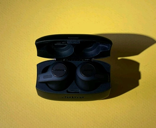 Jabra Elite 65T wireless headphones