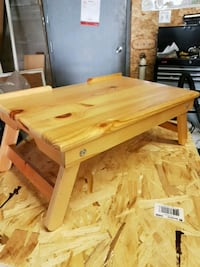 Wooden laptop table Millbrook, L0A 1G0