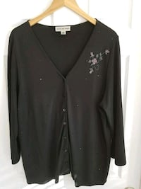 Ladie's Size 1X Black Sweater with Beading & Sequins