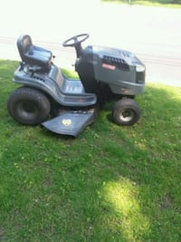black and green ride on lawn mower Springfield, 22151