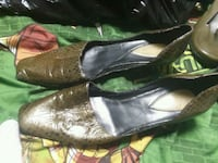 pair of brown leather flats Hagerstown, 21740