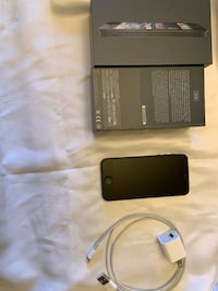 iPhone 5 32 GB Santa Clarita, 91350