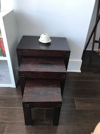 Beautiful side 3 tables in a very good condition excellent for small condos or extra side tables Montréal, H3B 3C3