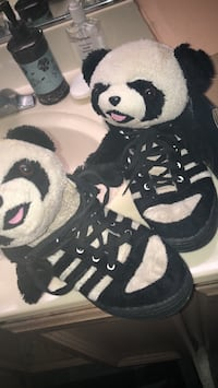 Jeremy Scott Panda Shoes Sacramento, 95829