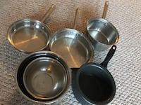 Four round gray stainless steel cooking pots Woburn, 01801