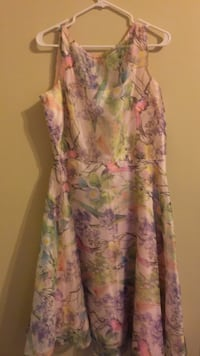 women's multicolored floral sleeveless dress Alexandria, 22306