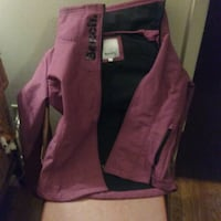 woman mediame pink Bench jacket  Kitchener, N2C 2P8