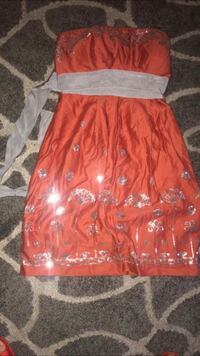 Anthropologie Chelsea & Violet size 4 gorgeous orange and sequin dress. Mint condition, worn once. Boise, 83703