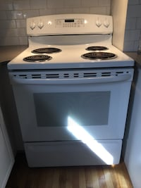 white and black 4-coil electric range oven Montréal, H3A