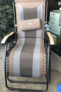 New Zero gravity chair with tags Bethesda, 20814