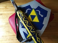 Triforce sheild and sword (wood) Montréal, H4G