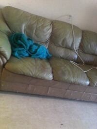 brown leather 3-seat sofa Kamloops, V2E 1G5