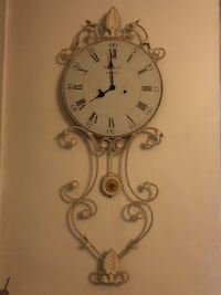 round white analog wall clock London, SE27