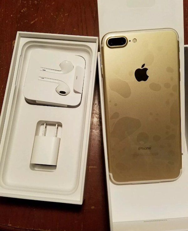 used gold iphone 7 plus set with box for sale in new york. Black Bedroom Furniture Sets. Home Design Ideas