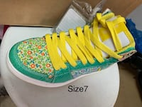 Etines size 7 women shoe brand new Vancouver, V5N 5N1