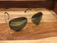 Gold Aviator Mirrored Sunglasses  532 km