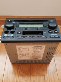 Honda CRV stock radio/tape/cd player
