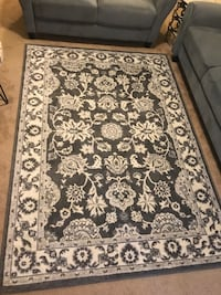 5x7 made in turkey beige gray floral rug click on my profile picture on this page to check out my other items pm me if you interested gaithersburg md 20877 Gaithersburg, 20877