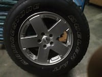 Jeep tires and rims Guelph, N1H 8J9
