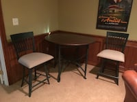 Copper top table w/4 swivel chairs 6 km