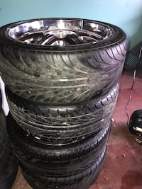 """Buick - LeSabre - 2005 5 lugs 20"""" universal whit new tires Orland Park, 60462"""