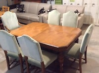 Dining Room table. Antique 503 km