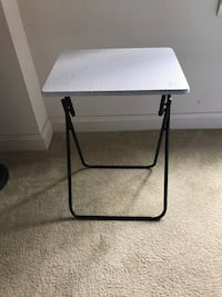 Small foldable bedside or corner table Falls Church, 22044