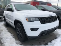 2019 Grand Cherokee blacked out