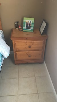Brown wooden 3-drawer nightstand Greenacres, 33413