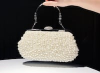 Full Pearls party clutch, chain shoulder straps, shoulder bag 列治文山, L4B 4S4