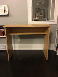 Makeup Table with Shelf Vancouver, V5L