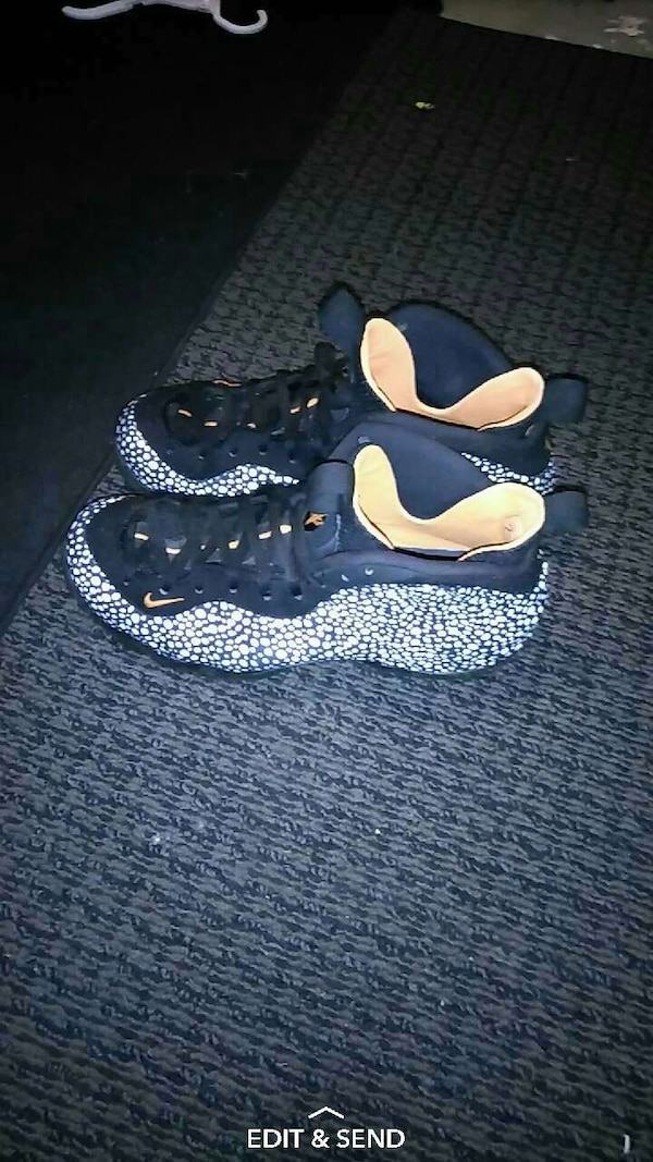 d645729b5 Used pair of black-and-white Nike Foamposite shoes for sale in Akron - letgo